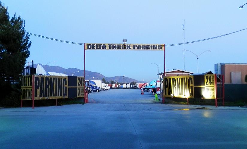 deltatruckparkinginotaymesaa-cbxtijuanairportbridge